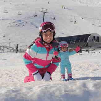Georgina & Scarlett, Mount Hutt