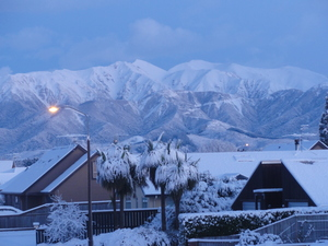 Early morning Methven towards  Mt Hutt photo