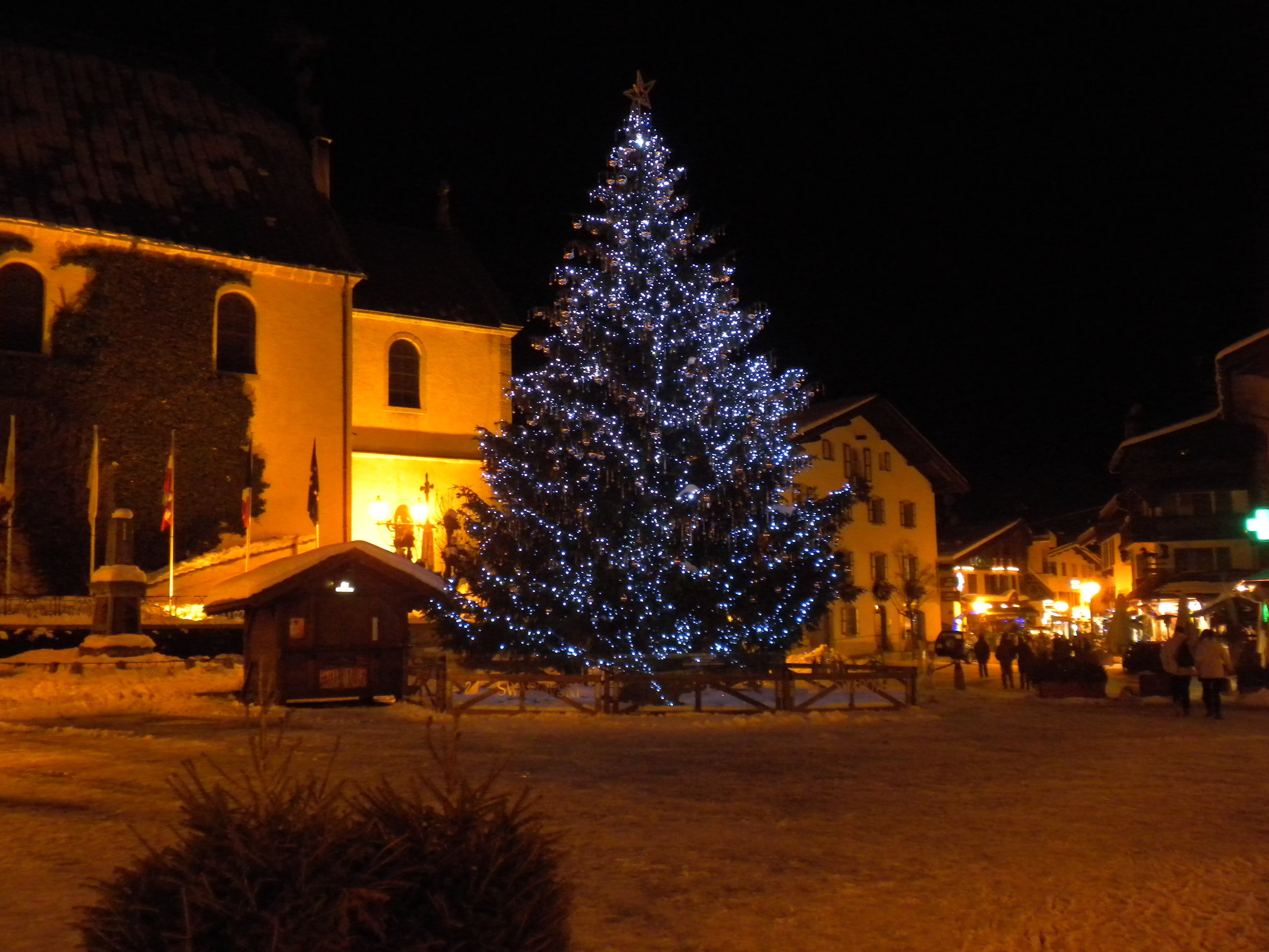 Village by night, Megeve