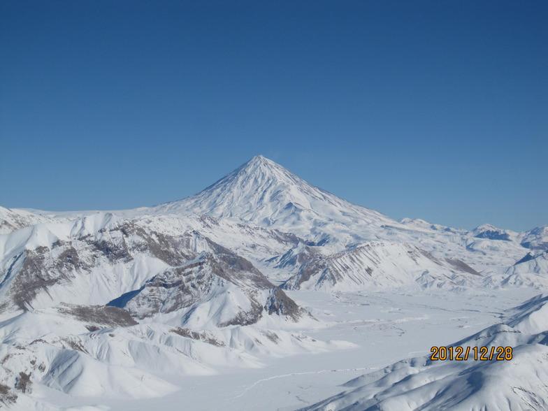 دماوند از فراز قله ريزان, Mount Damavand