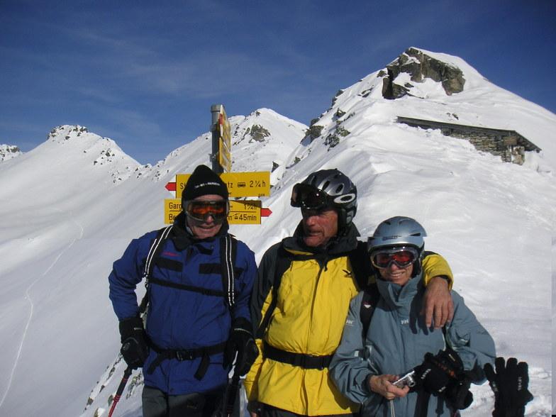 Sepp ,Tony and caroline on the St. Antonia pass, Davos