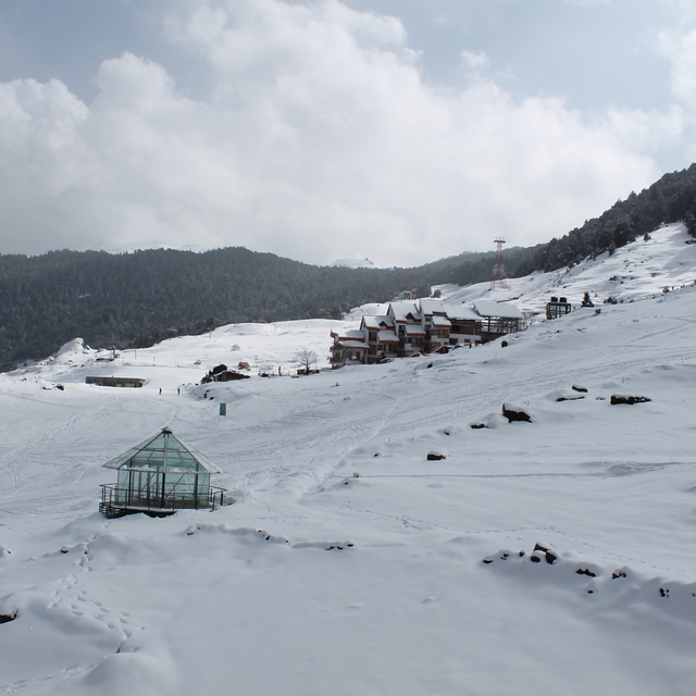 Clifftop Club Top view, Auli