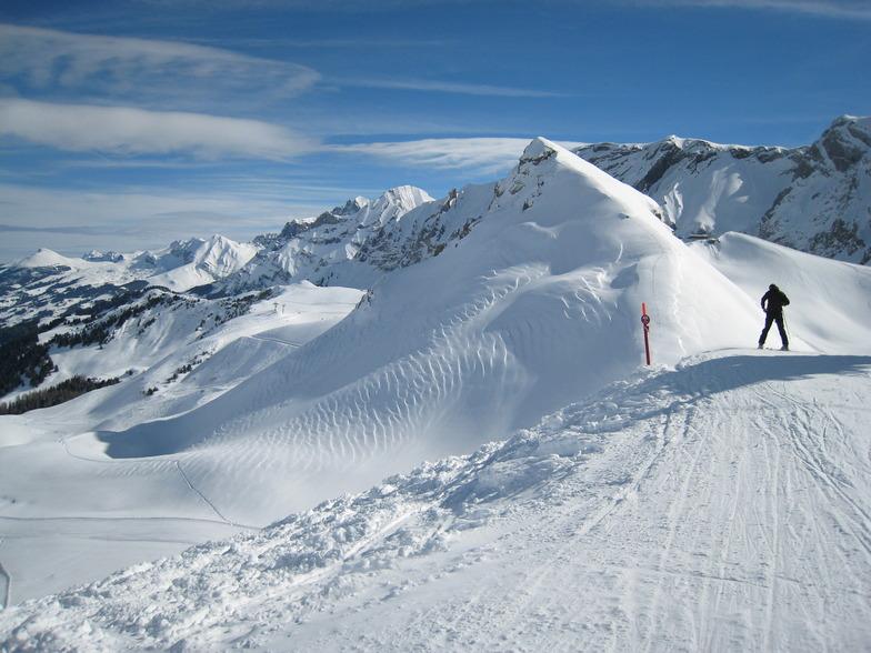 wind rip seen from Luegli lift, Adelboden