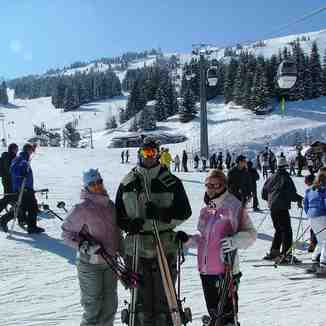 Hmmm, nice goggles !!!  Courchevel 1850