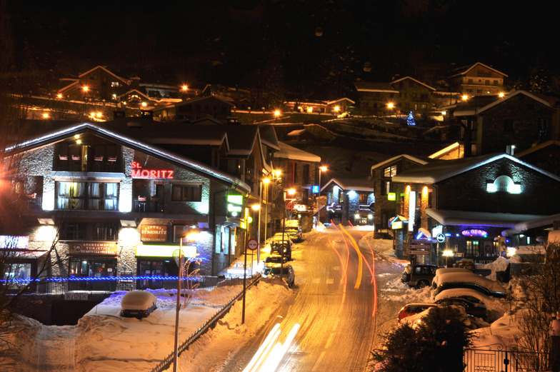 Arinsal de nit, Vallnord-Arinsal