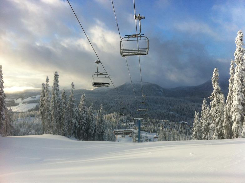 three days before opening, Mount Washington