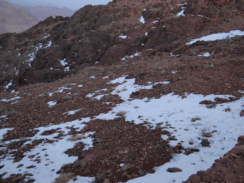 scattered snow, Jabal Katherina