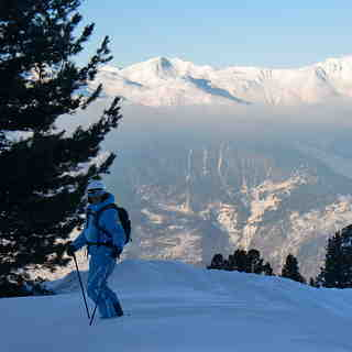 After work powder above La Tania