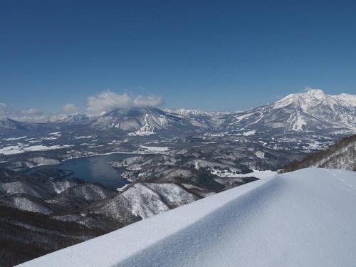 Madarao Kogen Ski Resort by: takeshi kitamura