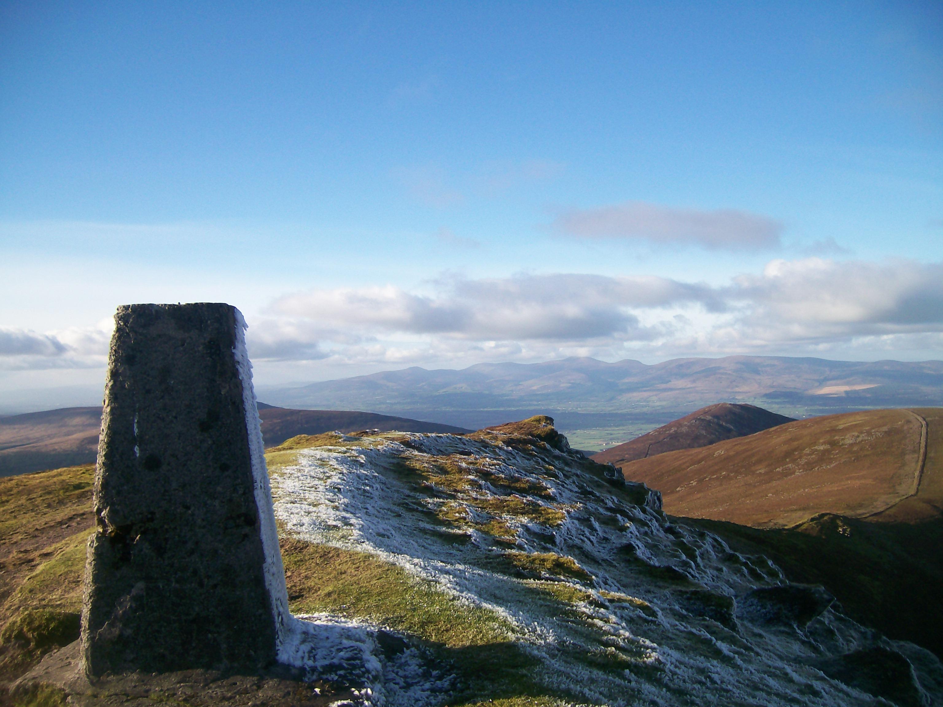 Knockmealdown summit looking towards Sugarloaf., Knockmealdown (Knockmealdown Mts)