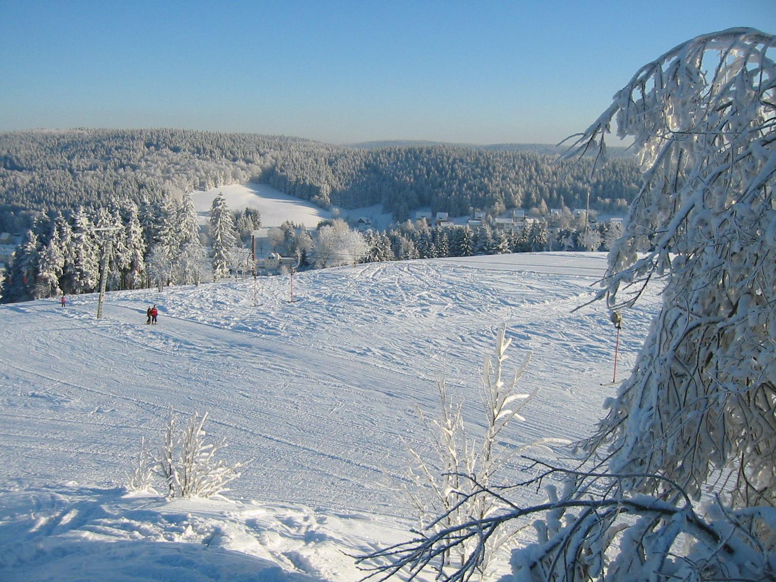 Sunny day in Tettau / Frankenwald