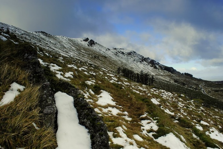 Northern slopes,Knockanaffrin ridge,Comeragh mountains., Knockanaffrin (Comeragh Mts)