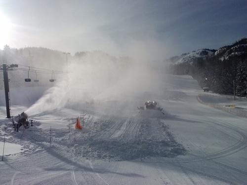 Mt Hood Ski Bowl Ski Resort by: austin