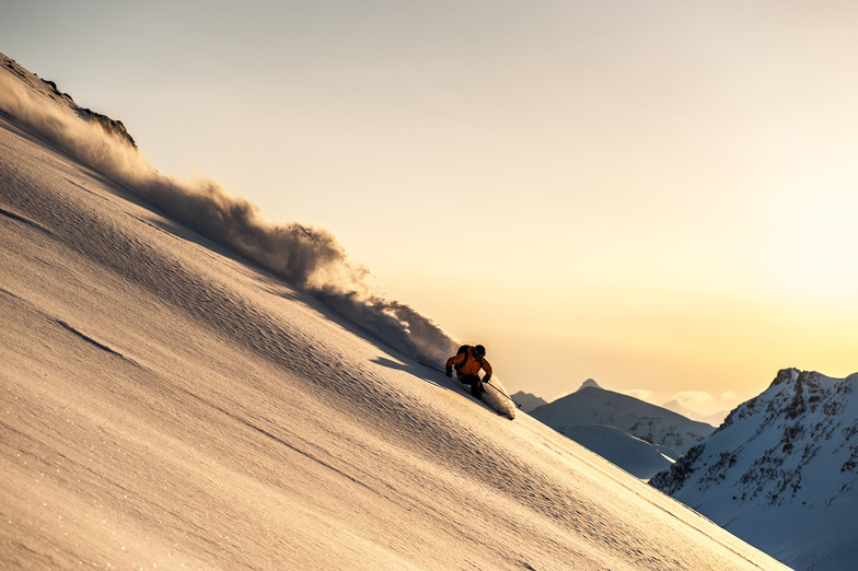 Into the Sunset, Last Frontier Heliskiing