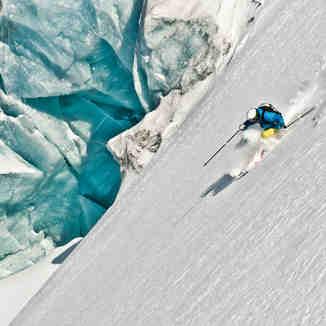 Glacier Heli Skiing, Last Frontier Heliskiing