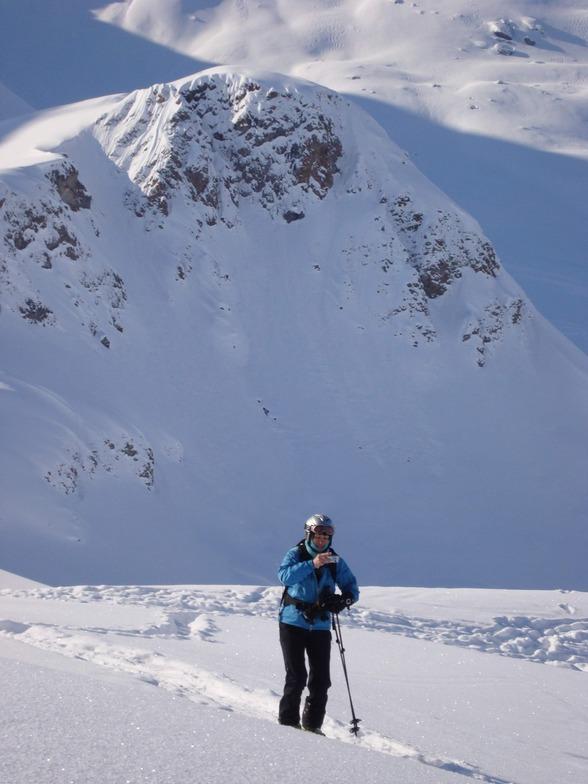 Caroline on Tour above Gruensee, Davos