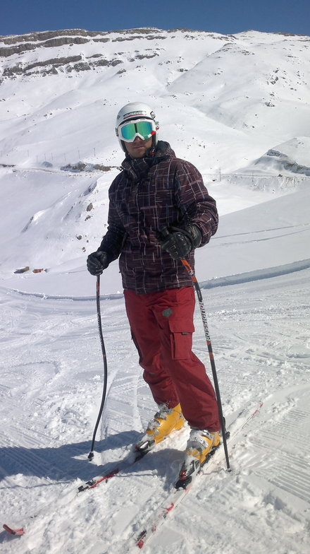 hamidreza zeraat pisheh, Pooladkaf Ski Resort