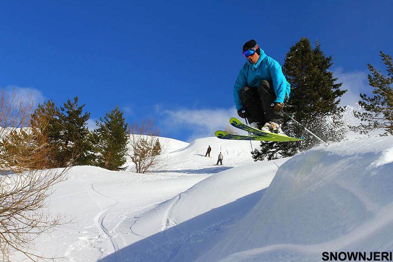 Blue jump, Kozuf