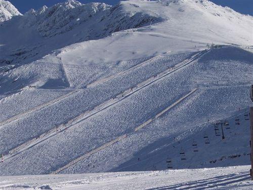 La-Pinilla Ski Resort by: alvaro