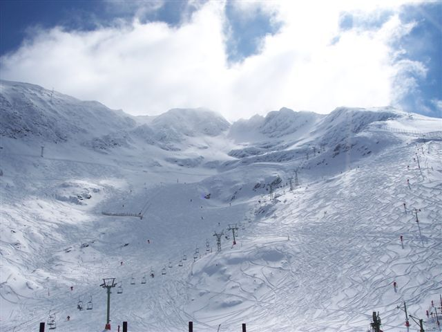 zona del mirador con nieve polvo, La-Pinilla
