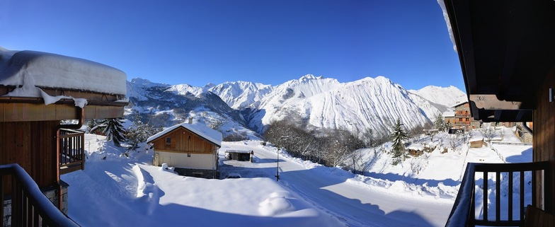 Snowy mountain views from Chamois Lodge, St Martin de Belleville