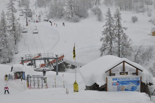 Bonneval sur Arc Ski Resort by: Robert Janda