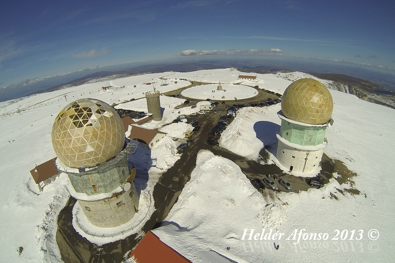 Vista aérea da Torre na Serra da Estrela