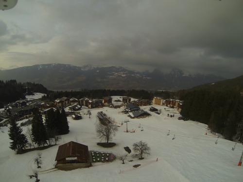 Morillon Ski Resort by: Steve Moss