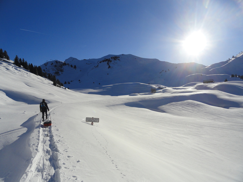 col de joux plane, closed and tranquil, Samoens