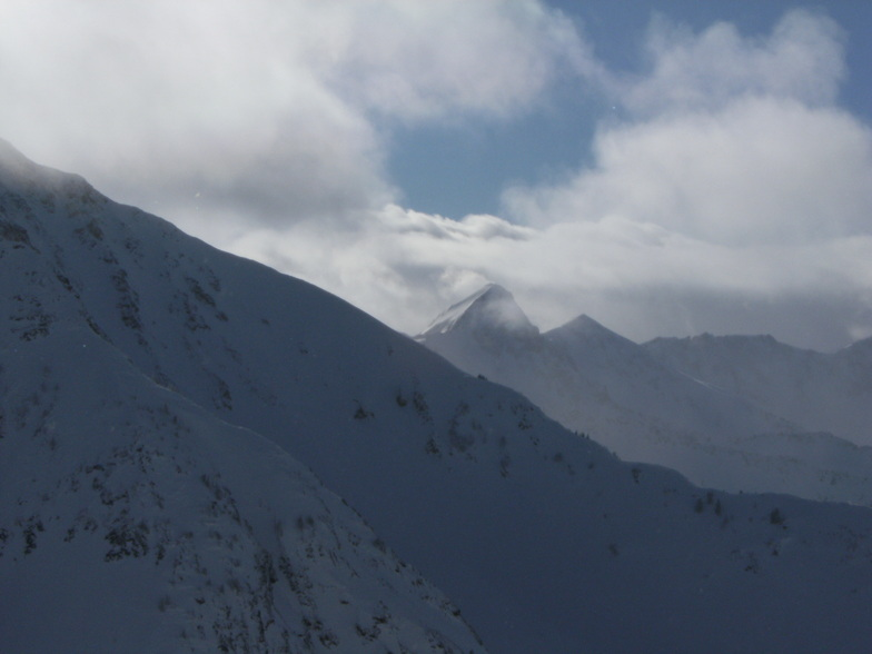the hunt for first tracks, Snowbird