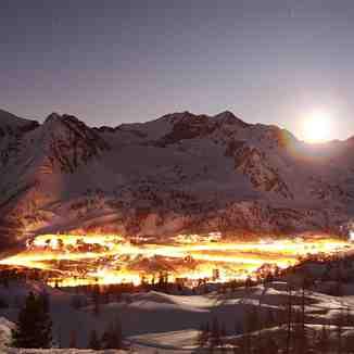 La station de nuit, Isola 2000