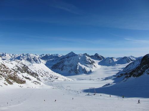 Pitztal Glacier Ski Resort by: Hiro