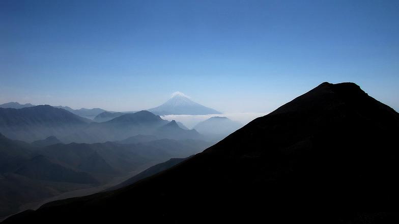 منظرۀ دماوند از قلۀ آتشکوه, Tochal