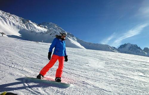 Le Tour Ski Resort by: Karl Hughes
