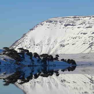 Espejo lago Caviahue....