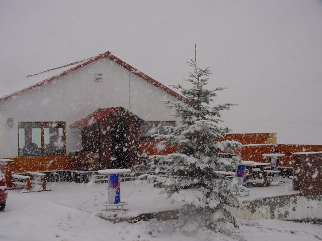 Snowbar 2069m - Greece, Mt Voras Kaimaktsalan
