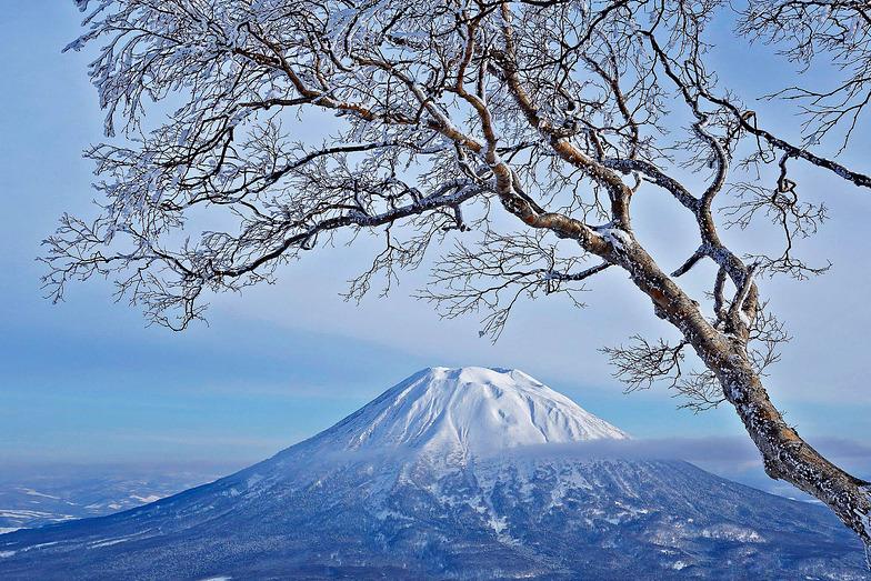 Mt Yotei, Niseko Grand Hirafu