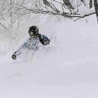 Good Snow Day Hirafu, Niseko Grand Hirafu