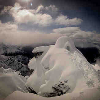Igloo Over Mount Aspiring, Treble Cone
