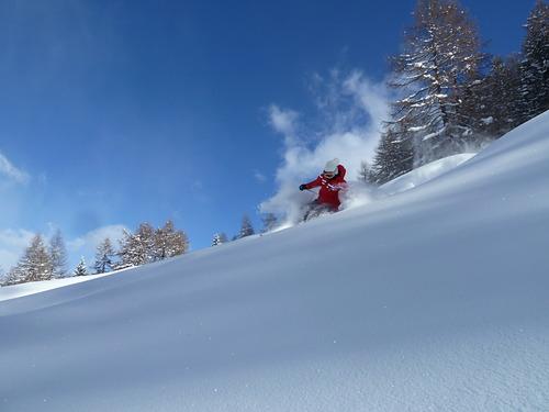 Rhemes-Notre-Dame Ski Resort by: www.scuolascivaldirhemes.com