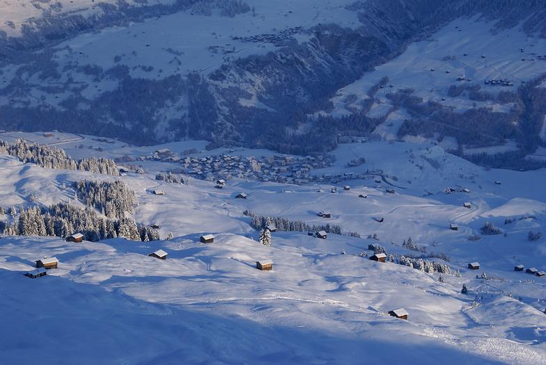 Obersaxen - Mundaun - Val Lumnezia snow