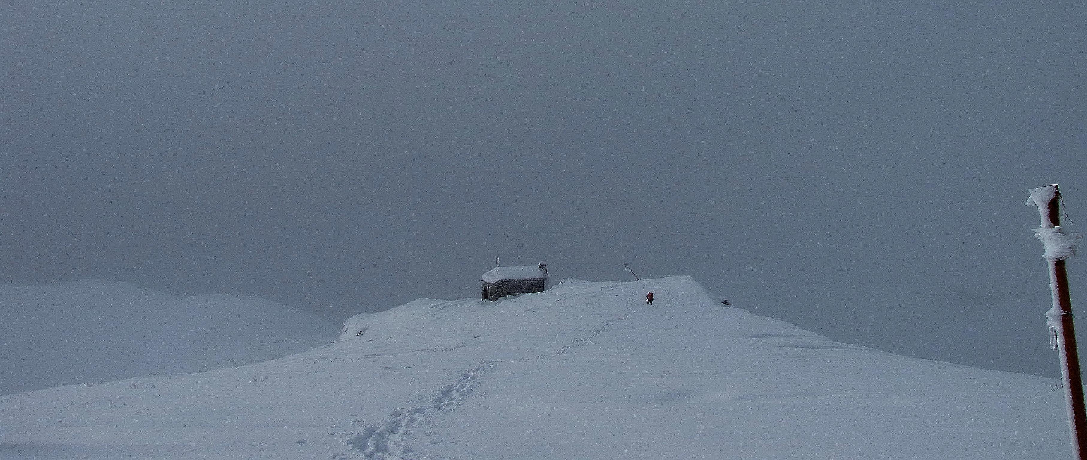 برف و مه, Tochal