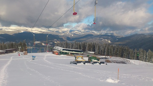 Vidra Transalpina Ski Resort by: brain_dead