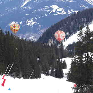 Flying down the slopes, Courchevel