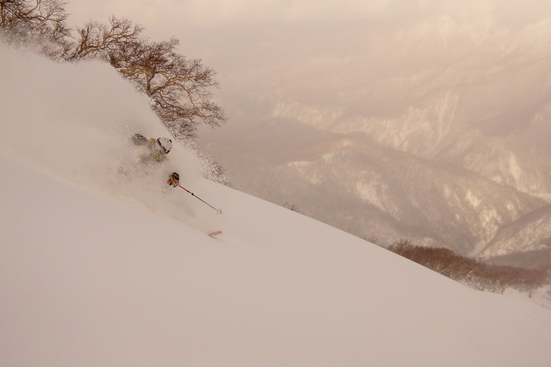 Bowl above chairlift, Kurodake