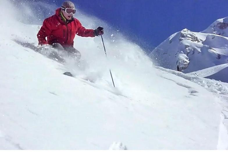 skiing in sella, Sella Nevea