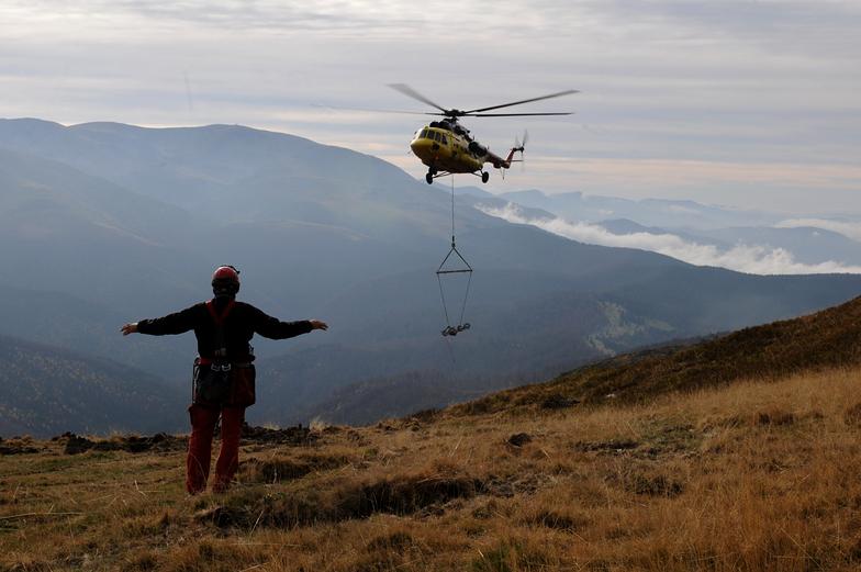 Installation of lifts in Muntele Mic - Romania