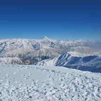 Damavand Summit, Tochal