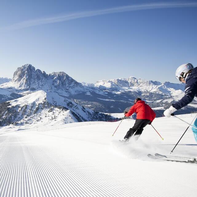 500 km  of endless ski fun on the mountains of the Dolomites, Santa Cristina