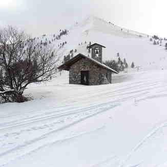 Άγιος Υάκινθος, Kalavryta Ski Resort